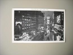 ETATS UNIS NY NEW YORK CITY TIMES SQUARE AT NIGHT - Time Square