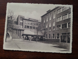 Aartsbisschoppelijk Seminarie Hoogstraten ( Gevel Langs De Speelplaats ) Anno 195? ( Zie Foto Voor Details ) !! - Hoogstraten