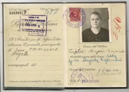 ITALIA 1961 PASSPORT - PASSEPORT - PASAPORTE - For A 1899 Lady From ACQUAPPESA - COSENZA  - VISAS And REVENUE STAMPS - Documentos Históricos