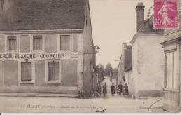 Le Luart Route De Sceaux Croix Blanche Courcier - France