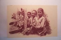 TYPES  ALGERIENS  --- Enfants -carte Publicite ( Sans Légende ) -  Collection Idéale P.S. - Algerien