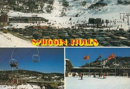 7266- POSTCARD, SMIGGIN HOLES- SKI RESORT, TRAILS, CHAIRLIFT, HOTEL, CAR, BUSS - Australie