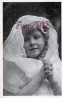 CPA Fantaisie - JOLIE Petite Fille / Fillette - Cute Pretty Young French Girl - Joyeux Noel - Abbildungen