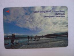 Vietnam Viet Nam Used Magnetic 60000d Phone Card / Phonecard : Salt Field In Phan Rang / 02 Images - Vietnam