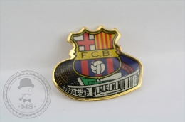 F.C. Barcelona Sheald And Stadium - Pin/ Badge - Fútbol