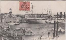 R :  Bouches Du  Rhône :  MARSEILLE  :  Quai  D  Embarquement - Marseille