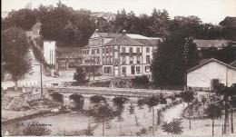 Carte Postale Ancienne Saint-Galmier. Source Badoit. - France