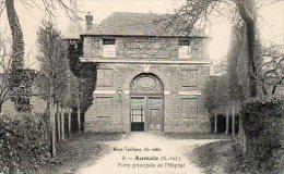 76 AUMALE ( Seine Maritime )  Porte Principale De L' Hôpital . - Aumale