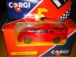 CORGI -  PORSCHE 935 - J85/3 - 1990 -  IN BOX - NEW OLD STOCK - NEVER PLAYED - Autres