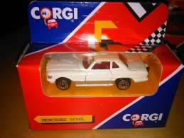 CORGI -  MERCEDES 500 SL  - J29/2 - 1990 -  IN BOX - NEW OLD STOCK - NEVER PLAYED - Autres