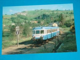 15) Le Rail Ussellois N°199  On Quitte La Gare St-étienne - Menet . L´autorail   Train N° X. 2838  PHOTO Gibiat - EDIT - - France