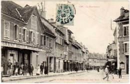 Gap - La Rue Carnot ( Magasin Grand Bazar Marseillais à Gauche )(édition Payan) - Gap