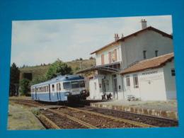 48) Le Rail Ussellois N°142 - En Gare De Prévenchères -  L´autorail - Train  N° X. 2897 - PHOTO Gibiat - Autres Communes