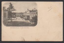 DF / 86 VIENNE / POITIERS / LA COUR DE LA GARE / CIRCULÉE EN 1903 - Poitiers