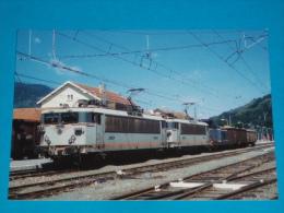 09) Le Rail Ussellois N°232- En Gare D'ax Les Thermes - L´autorail - Train  - BB.8610 Et 8612 En U.M  - PHOTO Gibiat - Ax Les Thermes