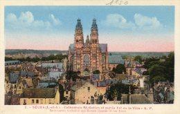 TOURS CATHEDRALE ST GATIEN ET PARTIE EST DE LA VILLE ( LOT P12 ) - Eglises Et Cathédrales