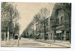CPA  92  :   LA GARENNE COLOMBES  Rue Et Cinéma     A   VOIR   !!!! - La Garenne Colombes