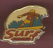 39212-pin's.Jeux Instantanés Surf 100000. - Waterski