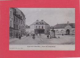 """CPA - IS sur TILLE - Place de la R�publique - magasin Gallardet- Poupon -  carte gla��e """"type �mail"""""""