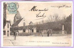 78 - PLAISIR --  La Place De L'Eglise - Plaisir