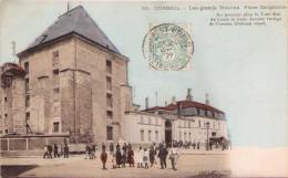 CORBEIL - Les Grands Moulins - Place Galignanie - Corbeil Essonnes