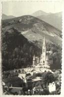 Cpa Cpsm LOURDES La Basilique Et La Montagne Du Calvaire 2 Scans Postcard Ancienne Carte Postale - Lourdes