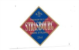 Ancienne étiquette  Bière    D'Alsace Premium De Luxe Strasbourg 25 Cl - Bière