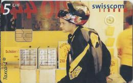 Telefoonkaart - Zwitserland. Swiss Telecom. Taxcard. CHF 5. Pizzakurier, Baden. foto: Julian Salinas.