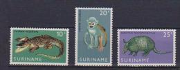 SURINAME 1969  ANIMALI YVERT. 496-498 MLH VF - Suriname