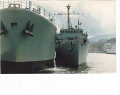 photo originale batiment militaire aber wrach A 619 et M 618 mytho a quai a bastia 1985