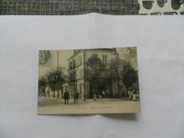 Cp Parc Saint - Maur - Avenue Des Marronniers ( Petite Animation ) - Saint Maur Des Fosses