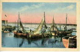 CPSM 14 DIVES SUR MER  CABOURG  Houlgate Le Port De Peche 2412 - Dives