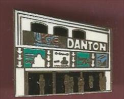 39370-pin's.Cinema.UGC Danton... - Cinéma