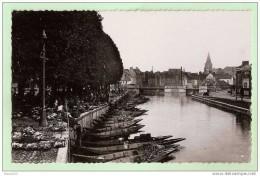 I537 80 AMIENS  LE MARCHE SUR L'EAU 1955 - Amiens