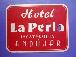 HOTEL RESIDENCIA HOSTAL LA PERLA ANDUJAR JAEN SPAIN LUGGAGE LABEL ETIQUETTE AUFKLEBER DECAL STICKER MADRID - Hotel Labels