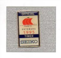 Pin´s  Sport  Athlétisme, Championnat  Du  Monde  1995  à  GOÖTEBORG  Avec  Les  Montres  SEIKO - Atletiek