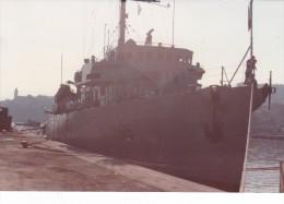photo originale batiment militaire marine francaise M 619 vinh long a quai a bastia