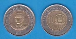 REPUBLICA DOMINICANA   10  PESOS  2.005  Bimetálica  KM#106   VF/MBC    DL-11.063 - Dominicaine