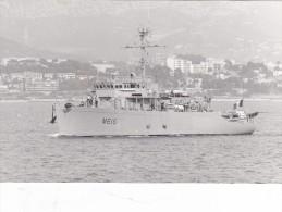 photo originale batiment militaire marine francaise M 616  dompaire 1984