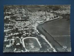 Saintes , Le Stade , Vue Générale - Saintes
