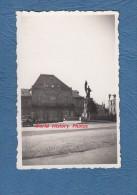 Photo Ancienne - SAINT DIZIER ( Haute Marne ) - Le Théatre Et Le Monument - Automobile - Lugares