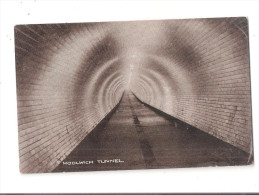 London - Woolwich Foot Tunnel RP - Pub Molyneux's Library  William St - London Suburbs