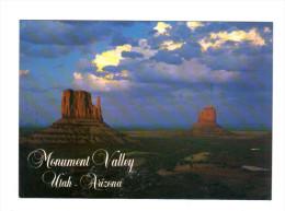 Etats Unis: Monument Valley, Utah, Arizona, Summer Storm Over The Mittens (14-3637) - Monument Valley