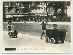 PHOTO PARIS-SOIR -Les Effets De La Chaleur à Paris, Enfants ; Photo Années 40/50 Format 20x15cm - Lieux