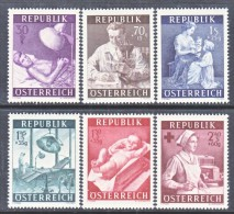 AUSTRIA  B 288-93    **    MEDICINE  NURSES   RED  CROSS - 1945-60 Unused Stamps
