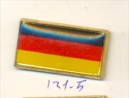 131-5. Pin Bandera República Federal Alemana - Ciudades