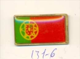 131-6. Pin Bandera Portugal - Ciudades