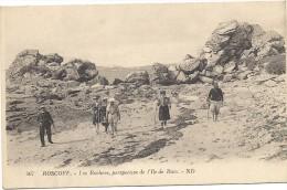 Roscoff - Les Rochers, Perspective De L'île De Batz - Roscoff