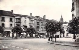 54 Meurthe Et Moselle  - BACCARAT Angle De La Rue Des Ponts *PRIX FIXE - Baccarat