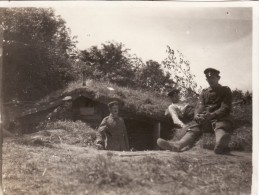Photo 1915 Secteur BAS-WARNETON (Comines, Komen) - Abri Allemand, Artilleurs (A88, Ww1, Wk1) - Comines-Warneton - Komen-Waasten